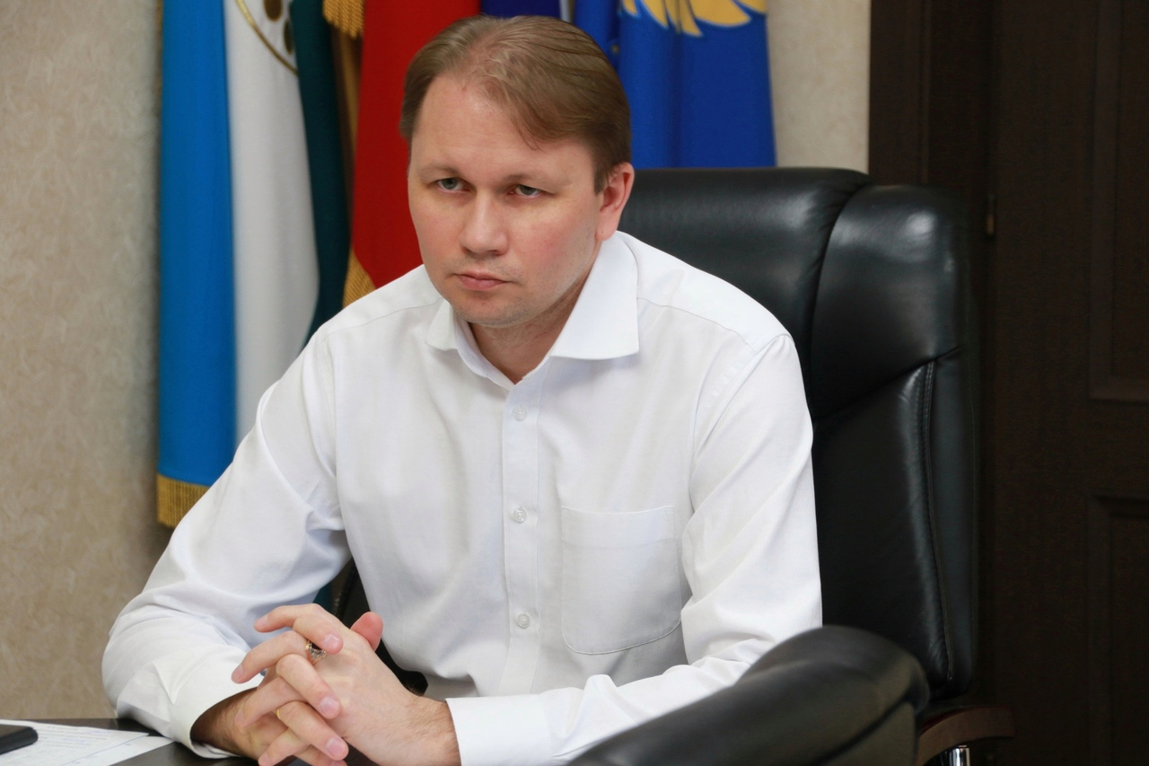 Глава Администрации г.о.г. Кумертау РБ Олег Фролов провёл очередной предпринимательский час.